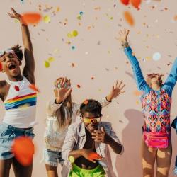 Drewniany garaż z samochodami ratunkowymi Melissa & Doug